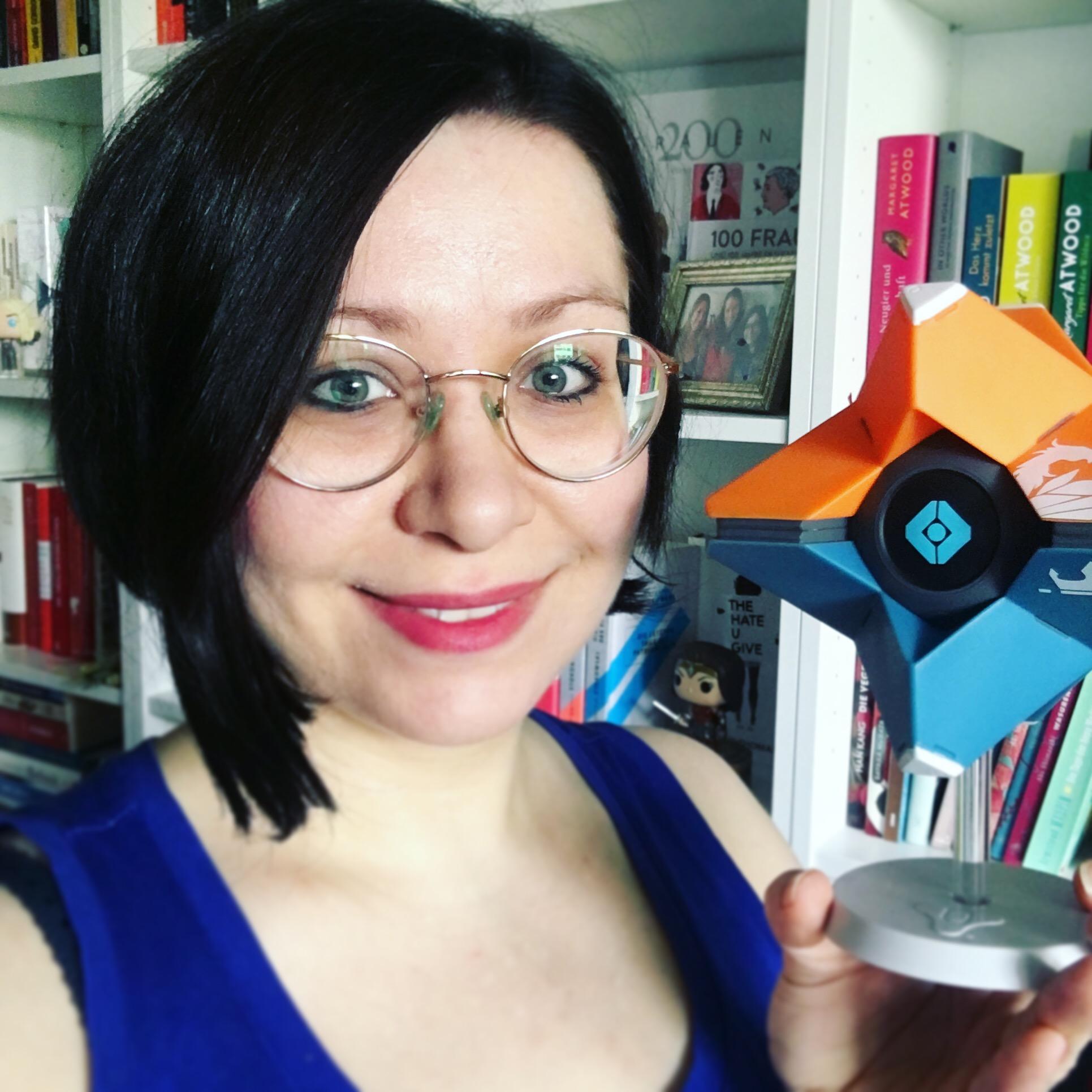 Ramona Böhm (El Tragalibros - der (zockende) Bücherwurm