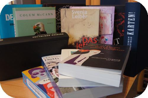 SuB, Stapel ungelesener Bücher, Dorothy Parker, Svenja Leiber, Simon Garfield, Night School, Der Rosie-Effekt