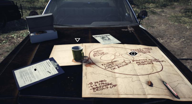 Polizeiauto mit Karte, Tasse und Fallakte (Blair Witch)
